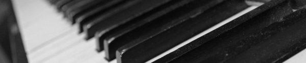 Piano - Klavier - Dunkelheit - wolleweb - Wolf Jacobs